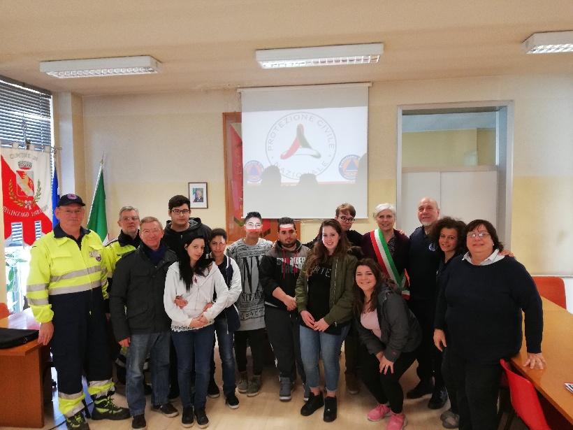 Il Gruppo di Protezione Civile dell'Unione incontra studenti di Milano