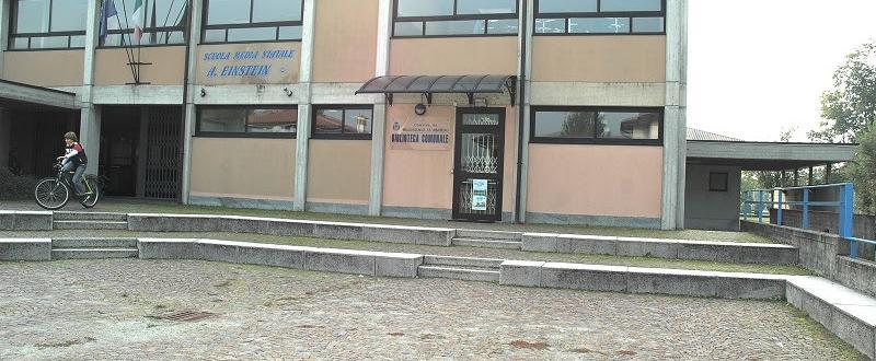 Biblioteca Comunale di Bellinzago Lombardo ingresso