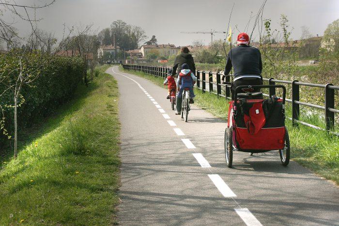 foto pista ciclabile Naviglio Martesana